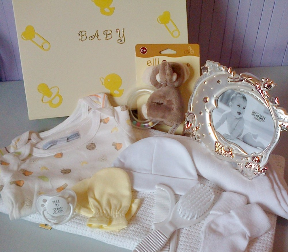 Neutral Baby Gifts Ireland : Neutral baby gift box hamper nappy cakes and