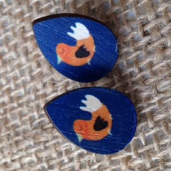 Wooden earrings chicken