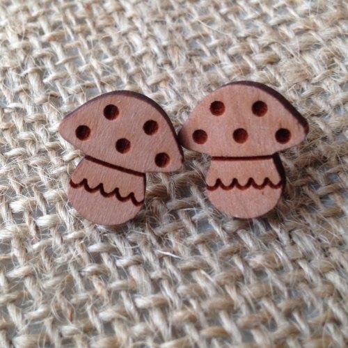 Toadstool wooden studs