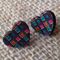 Wooden earrings square hearts