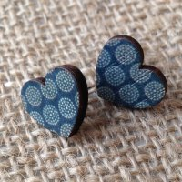 Wooden earrings circle hearts