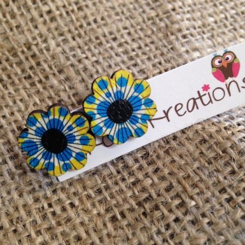 Yellow flower stud earrings