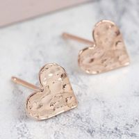 Hammered Heart Stud Earrings in Rose Gold