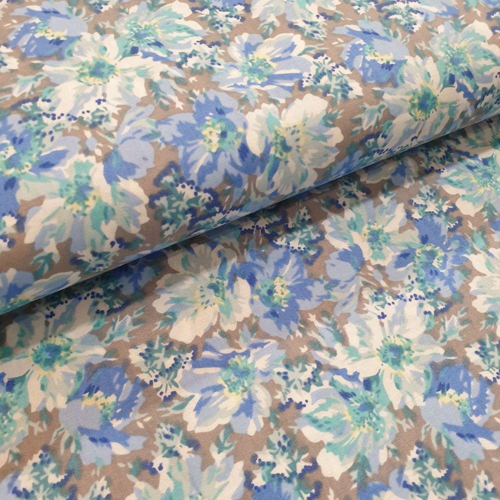 Cotton Lawn Fabric Grey/Blue Flowers RG463/A