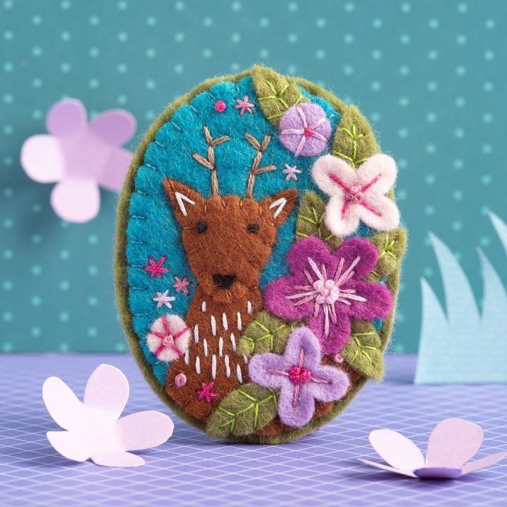 Deer Felt Craft Brooch Kit Hawthorn Handmade