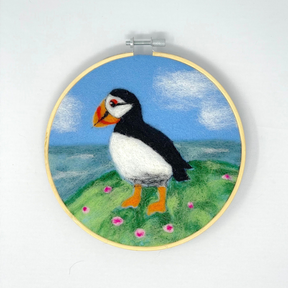 Crafty Kit Puffin In A Hoop Needle Felting Kit