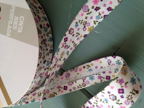 Bias Binding purple floral 18mm