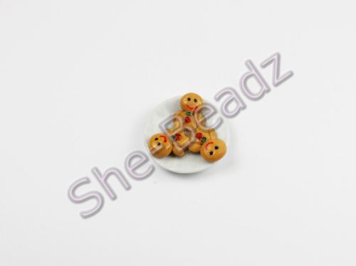 Minature Gingerbread Men on a Plate Pk 1