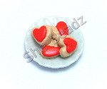 Iced Heart Biscuits on a Plate Pk 1