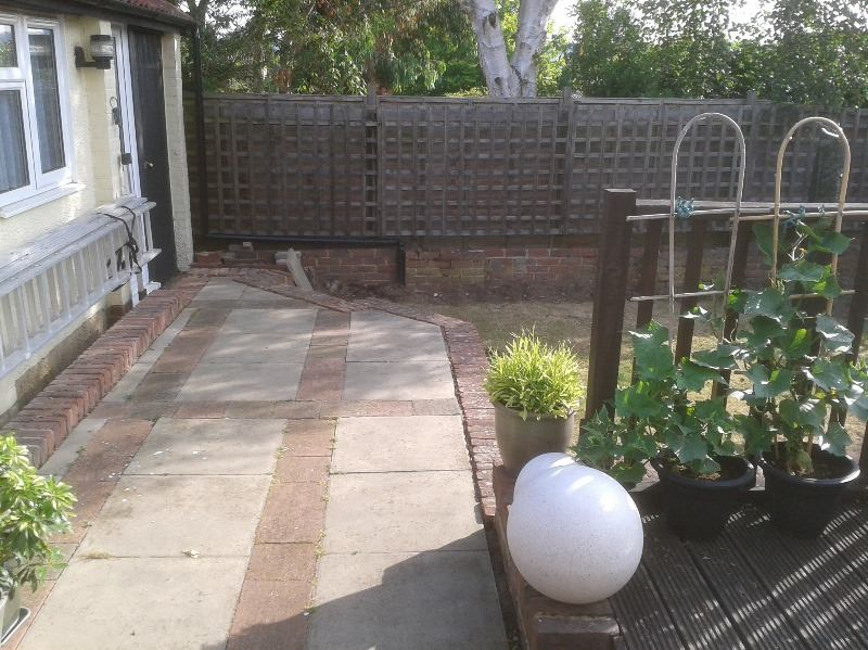 Landscaping services in kent near maidstone call now on for Garden decking maidstone