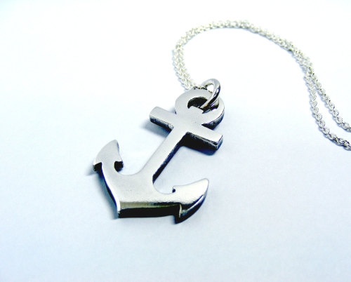 Anchor pendant on chain