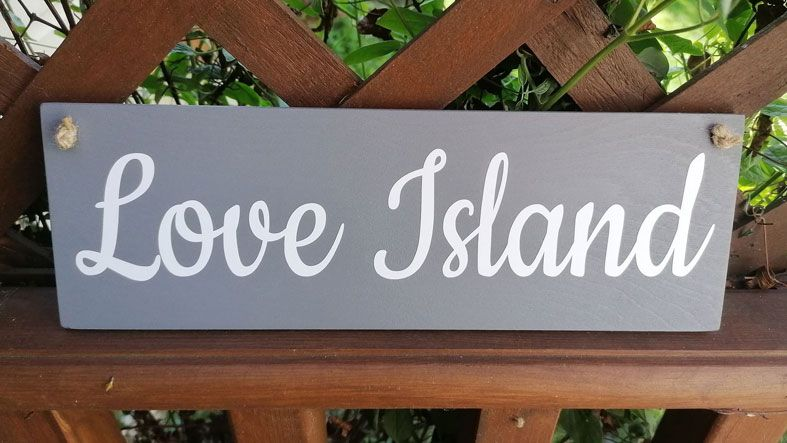 Wooden Outdoor Plaques and Signs | Handmade and personalised to order, range of colours, a lovely gift for your garden or home.