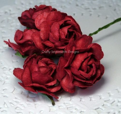 5 LARGE RED  ROSES