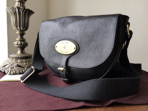 Mulberry Bonnie in Black Natural Leather