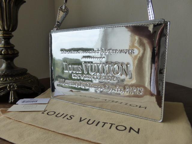 Louis vuitton limited edition silver miroir pochette bag for Pochette miroir