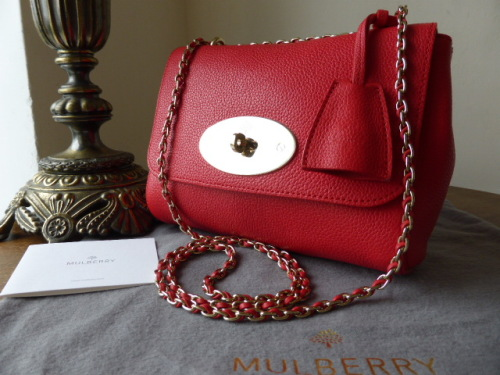 Mulberry Lily Regular in Hibiscus Small Classic Grain  - As New