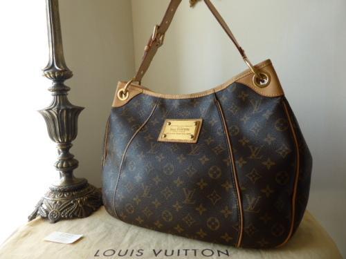 Louis Vuitton Galleria PM Shoulder Bag in Monogram
