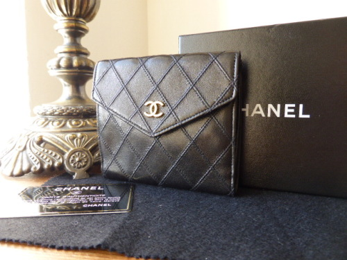 Chanel Diamond Stitched Bifold Wallet in Black Glazed Calfskin Leather