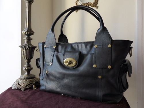Mulberry Jody Tote in Black Weathered Leather