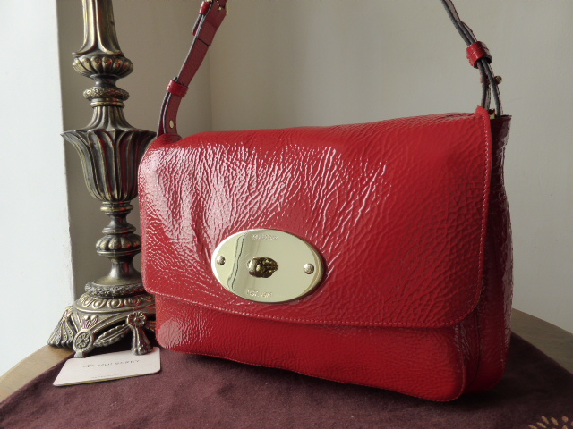 Mulberry Bayswater Shoulder Clutch in Tomato Red Spongy Patent (Larger Size