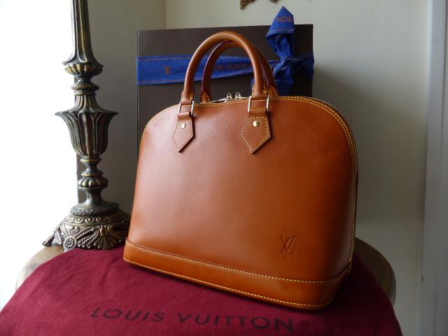 Louis Vuitton Alma MM Nomade