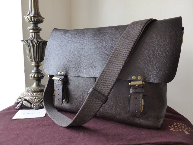 Mulberry Barnaby Large Messenger in Chocolate Natural Leather