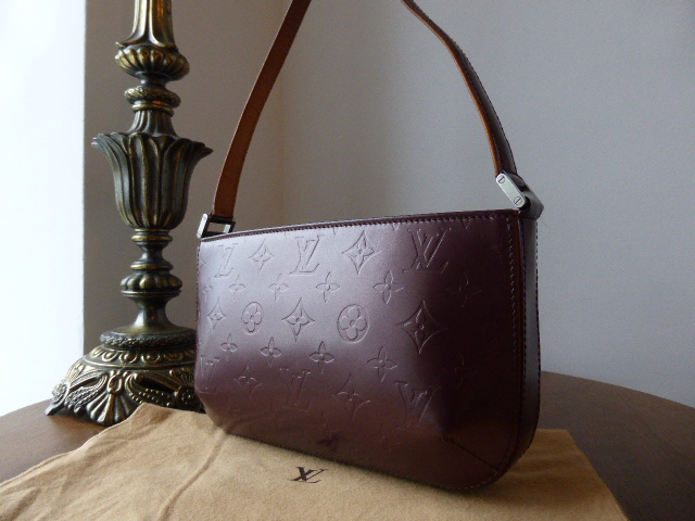 Louis Vuitton Mat Fowler in Bordeaux