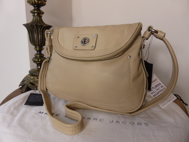 Marc by Marc Jacobs Totally Turnlock Natasha - New*
