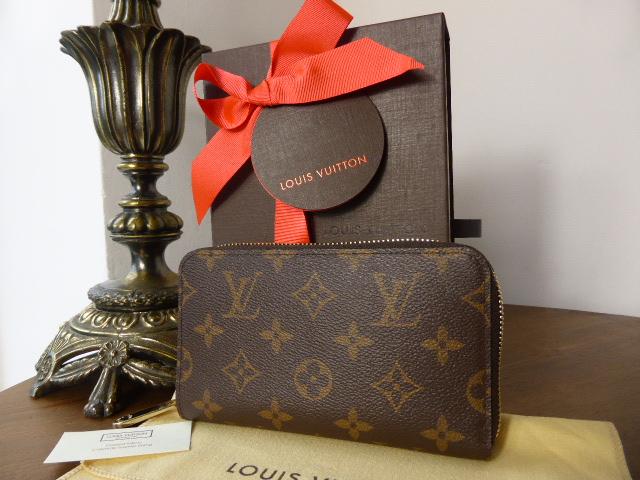Louis Vuitton Zippy Compact Purse (Medium) Monogram