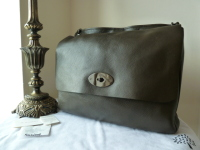 Mulberry East West Messenger in Khaki Pebbled Leather -  New