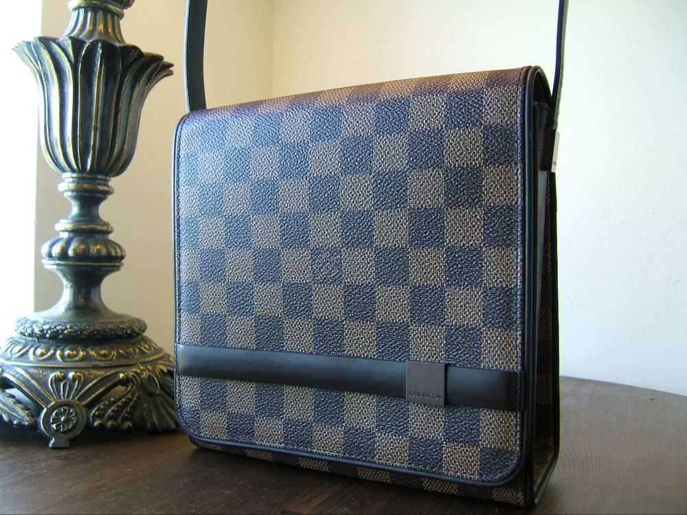 Louis Vuitton Tribeca Mini Damier