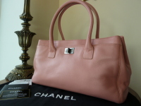 Chanel Cerf Tote in Baby Pink Calfskin - New*