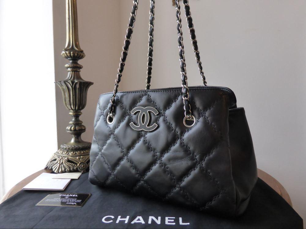 Chanel Shoulder Tote in Black Calfskin