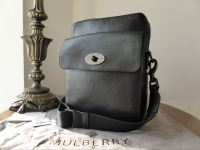 Mulberry Postmans Lock Reporter Messenger in Black Natural Leather - New