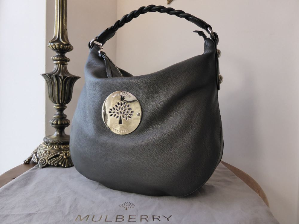 d204bb6b7b67 Mulberry Medium Daria Hobo in Graphite Grey Pebbled Leather - As New
