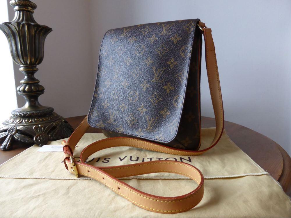 5051a80bbdc5 Louis Vuitton Musette Salsa Messenger Bag (5) - SOLD
