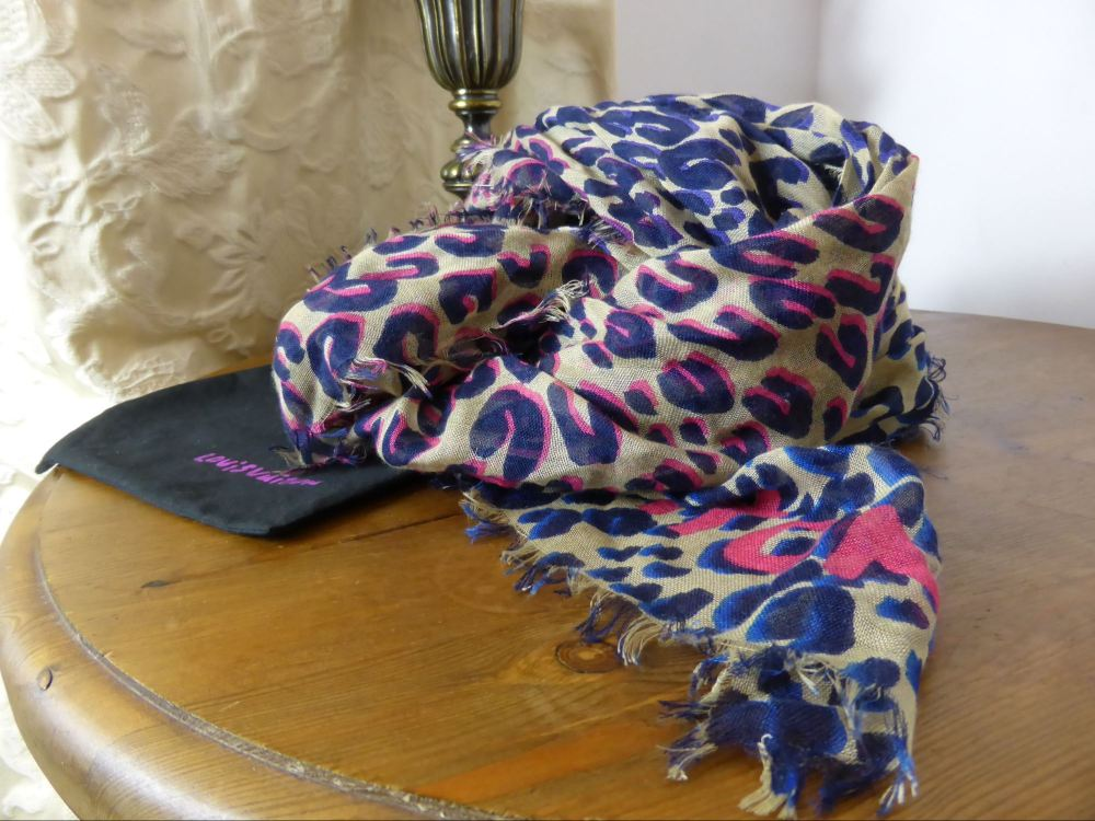 Louis Vuitton Stephen Sprouse Leopard Stole in Cashmere and Silk Scarf