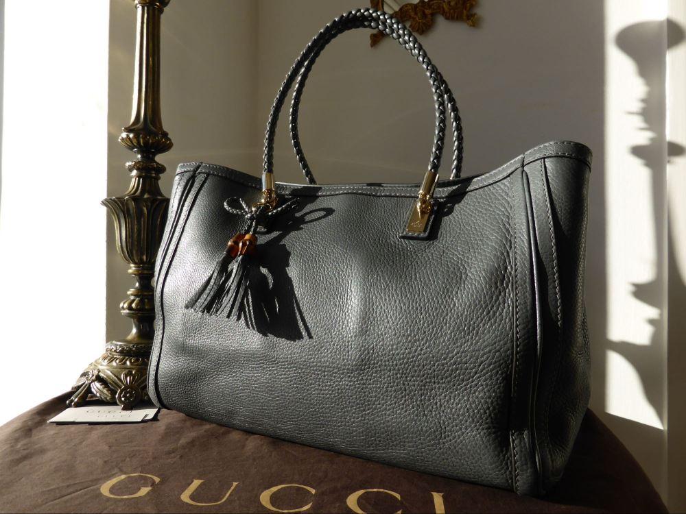 Gucci Bella Tote in Taupe Calfskin