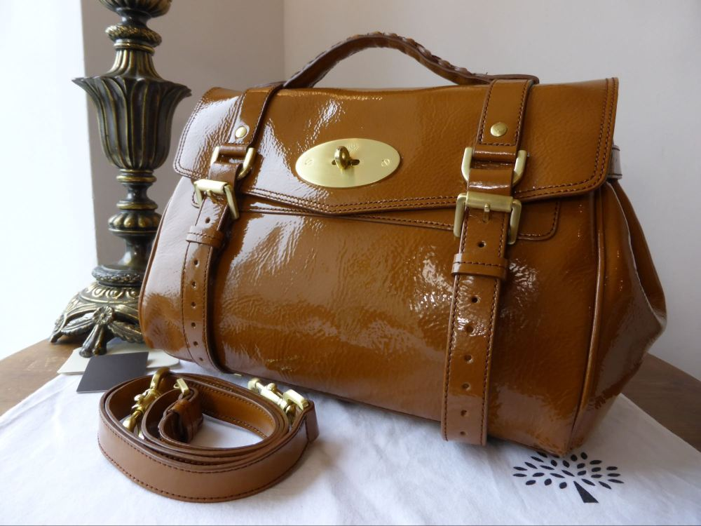 Mulberry Regular Alexa in Oak Light Patent Vegetable Tan - New*