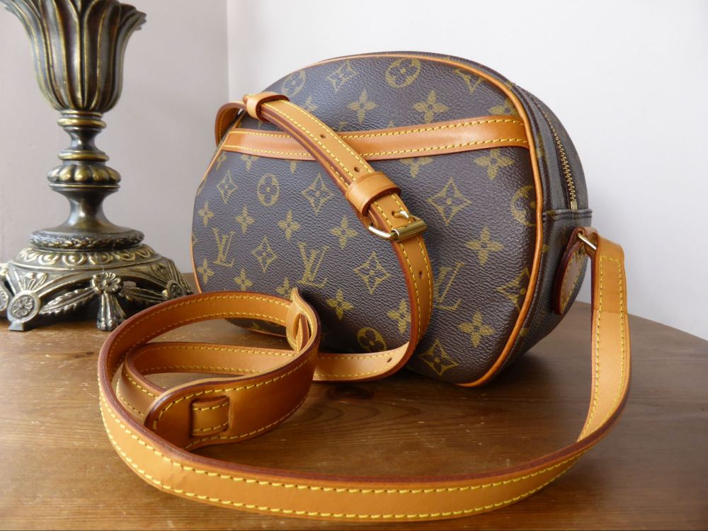 Louis Vuitton Blois Shoulder / Messenger Bag