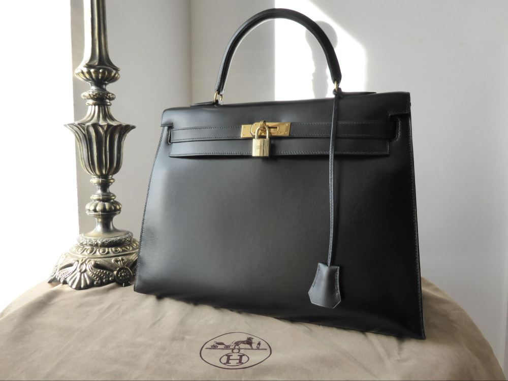 Hermés 35cm Kelly Sellier in Black Box Leather with Gold Hardware