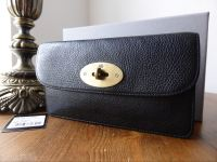 Mulberry Long Locked Purse in Black Natural Leather