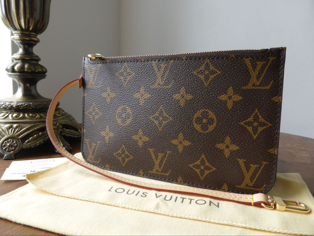 Louis Vuitton Zip Pochette Pouch Wrislet from Neverful PM in Monogram / Bei