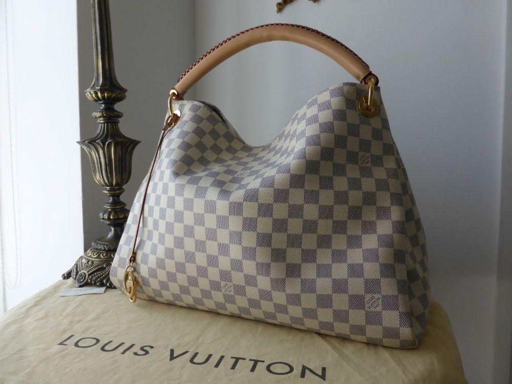 Louis Vuitton Artsy MM in Damier Azure