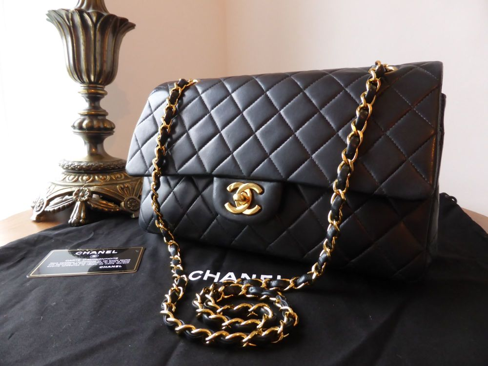 Chanel Classic 2.55 10