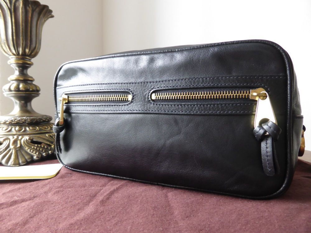 Mulberry Mabel Washbag in Black Refined Grain Leather