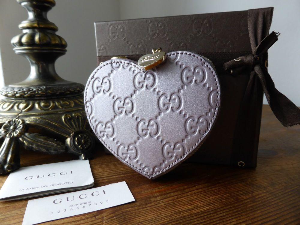Gucci Heart Coin Purse in Lilac Metallic Guccissima Leather