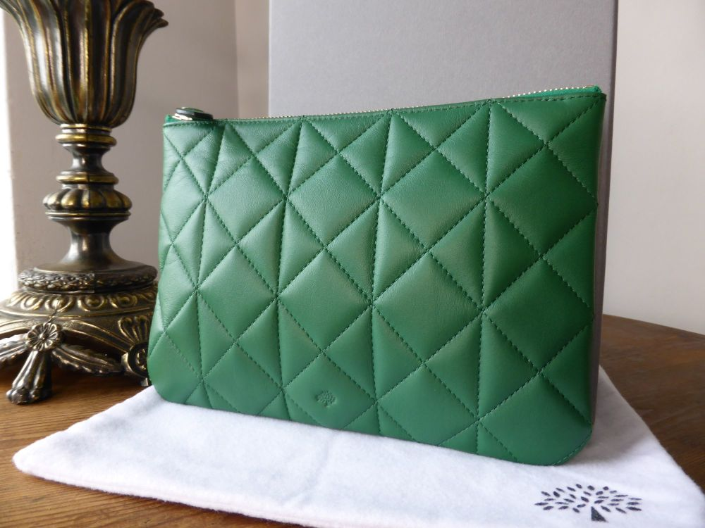 Mulberry Cara Delevingne Zip Pouch in Green Quilted Nappa  - New