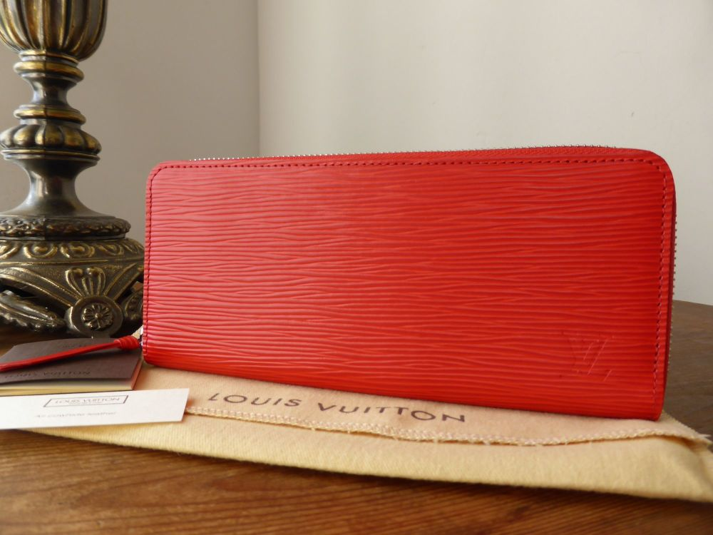 Louis Vuitton Clémence Zip Around Continental Wallet in Epi Coquelicot - Ne