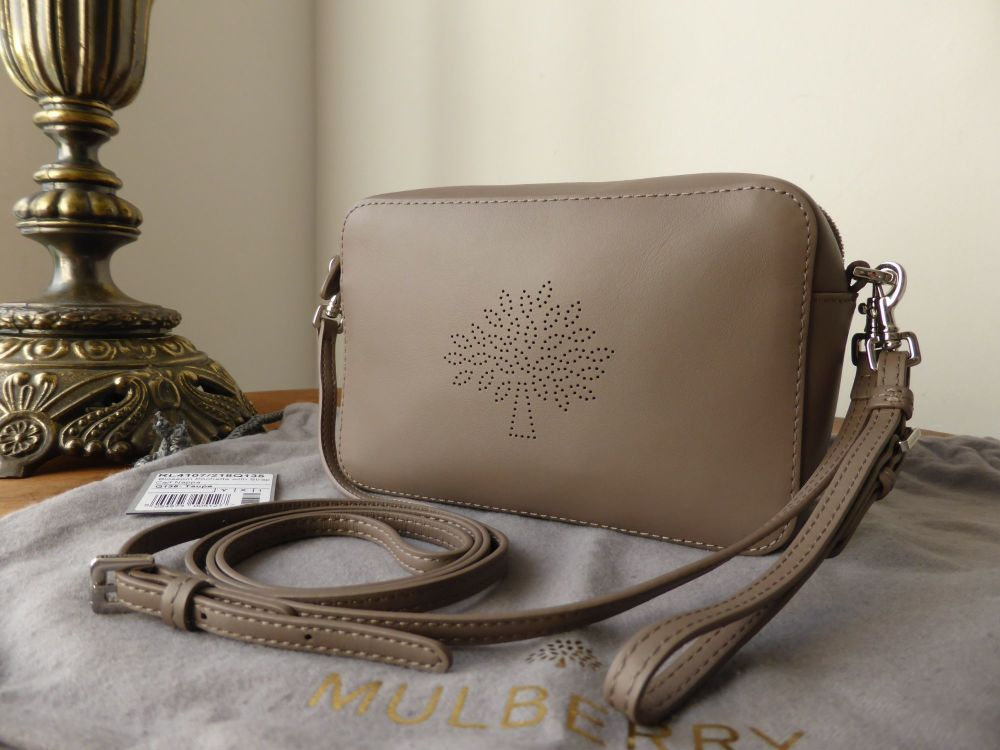 Mulberry Blossom Pochette with Wristlet and Shoulder Strap in Taupe Calf Na